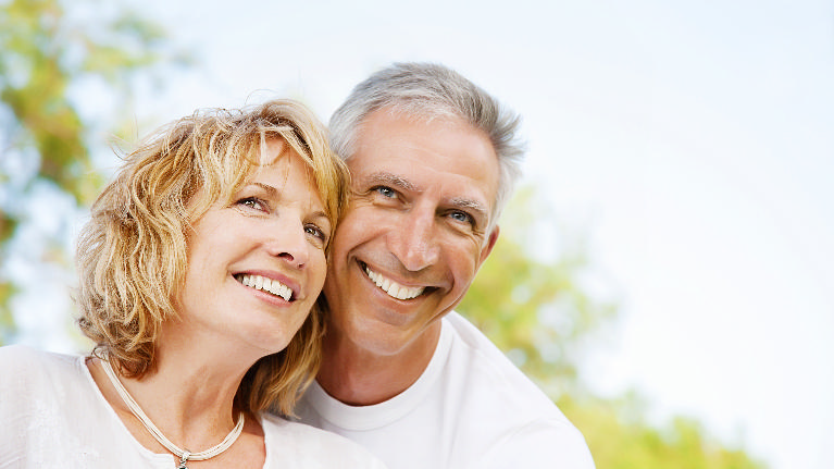 Couple smiling | Cumberland Teeth Whitening